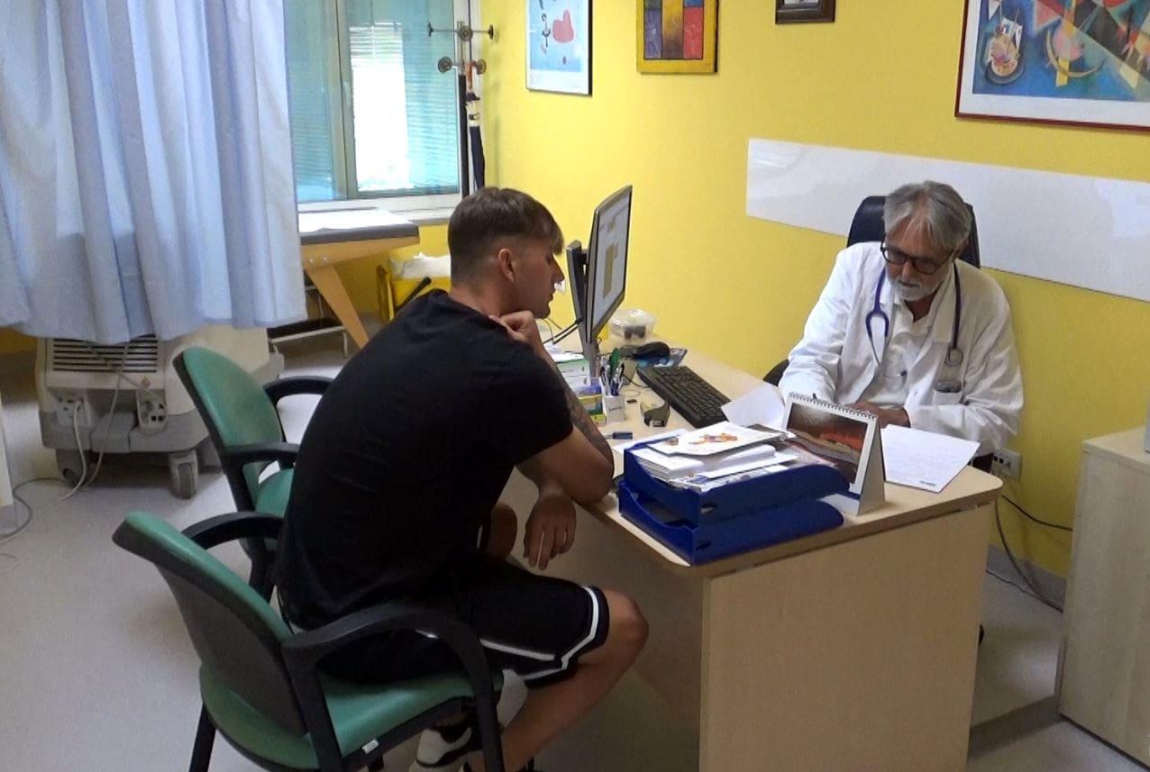 Nicolo' Simeoni durante visita medica con dottor Toto' Giujusa-2
