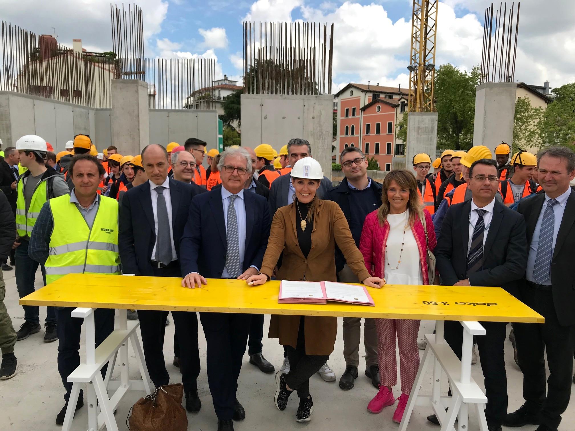 Imprese Edili Nel Veneto firmato il patto tra regione e costruttori: investimenti