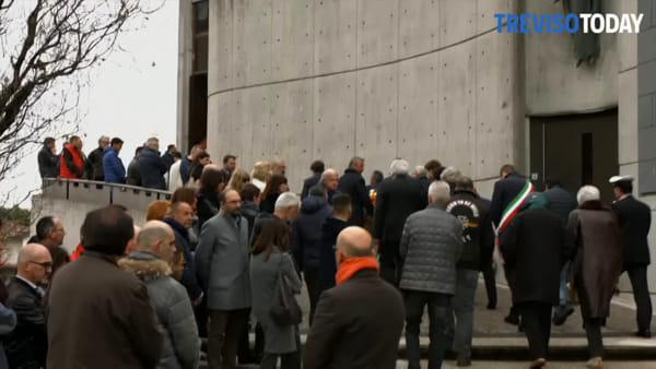 Giornata di lutto a Conegliano: in tanti al funerale del Presidente Dario Dall'Anese