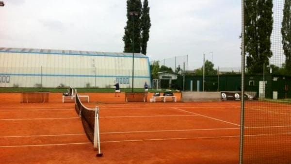 "Adriano Panatta acquista all'asta l'ex ""Tennis club Zambon"""