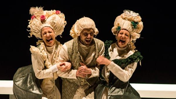"""Lo spettacolo """"La locandiera"""" arriva al Teatro Accademico"""