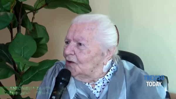 """Antonietta festeggia 103 anni, grande festa a """"Villa delle magnolie"""" di Monastier"""