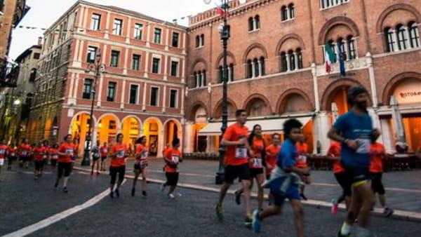 Cin_b_Passaggio in piazza dei Signori-2