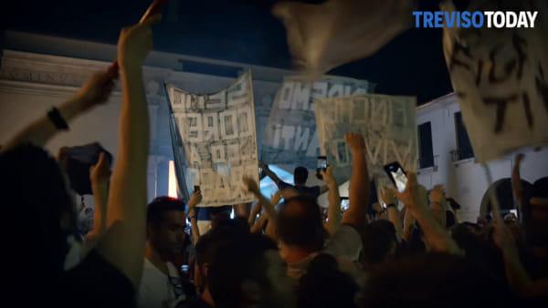 Treviso torna in serie A, a porta San Tomaso la festa promozione
