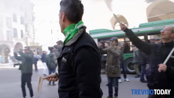Lavoratori Sirti a Treviso per manifestare: 833 licenziamenti previsti in tutta Italia