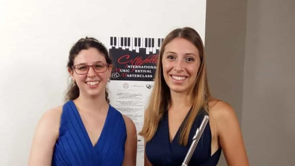 Concerto di Natale all'auditorium Ferraro con la musica di Elena Duo