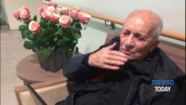 A 92 anni riceve sul tablet gli auguri per la festa del papà