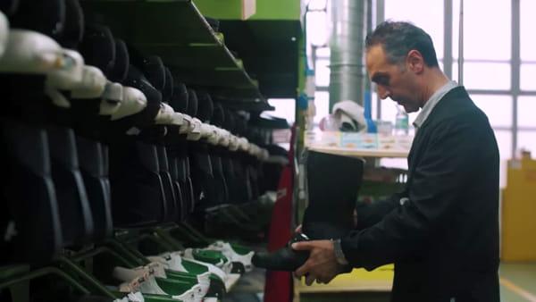 Buon compleanno Dino Signor: l'azienda Sidi festeggia il patron con un video