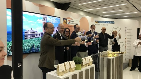 480-2018 assessori Pan Donazzan Caner- Alberto raffaelli-Innocente Nardi-panificatore Biasin-2