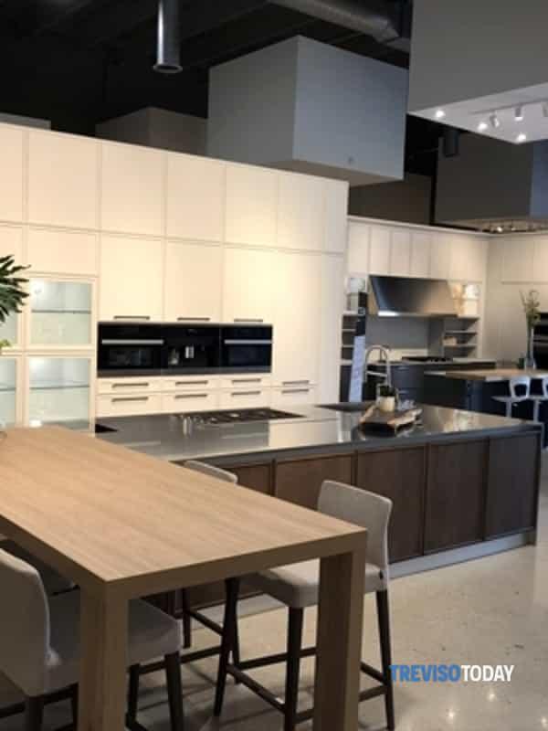 Home Cucine Sale Del 7 E Conquista Gli Emirati Arabi