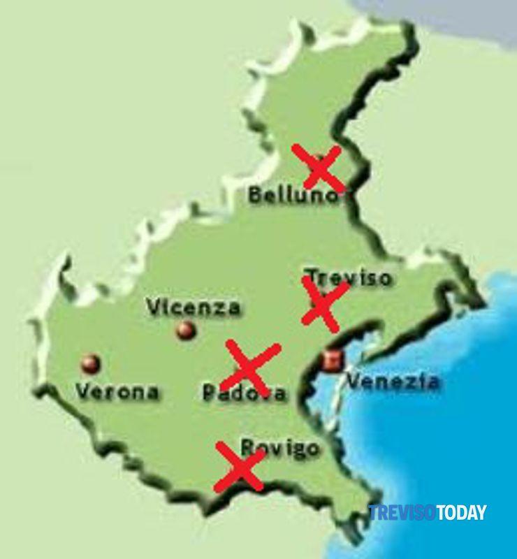 Cartina Dell Italia Rovigo.Province Treviso Accorpata A Belluno